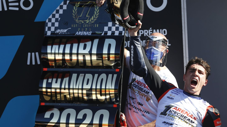Arenas se proclamó campeón del mundo de Moto 3 en Portimao. (Reuters)