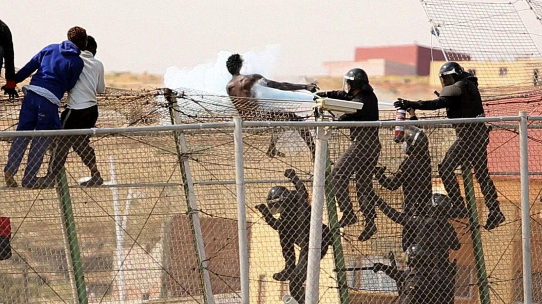 Policías y guardias civiles de la valla con Marruecos reclaman 10 millones a Hacienda