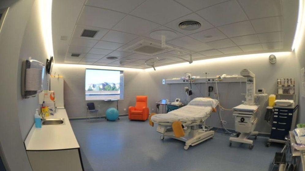 Foto:  Fotografía facilitada por la Comunidad de Madrid de una de las salas de parto del Hospital Universitario Príncipe de Asturias. (EFE)