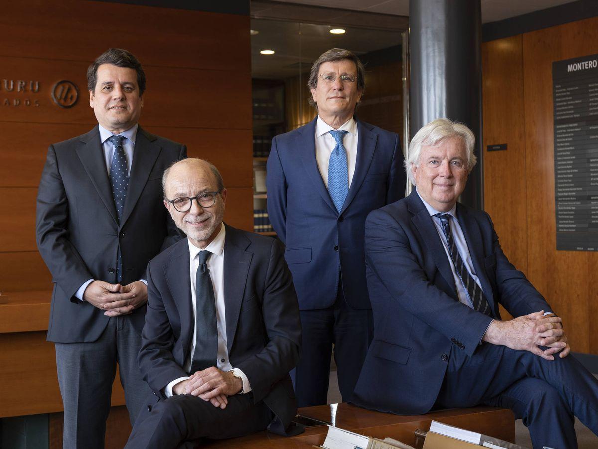 Foto: De izquierda a derecha: Leonardo Neri, Enrique Montero, Javier Valdecantos y Armando Fernández-Aramburu.