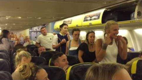 Echan a unas británicas de despedida de soltera en un avión