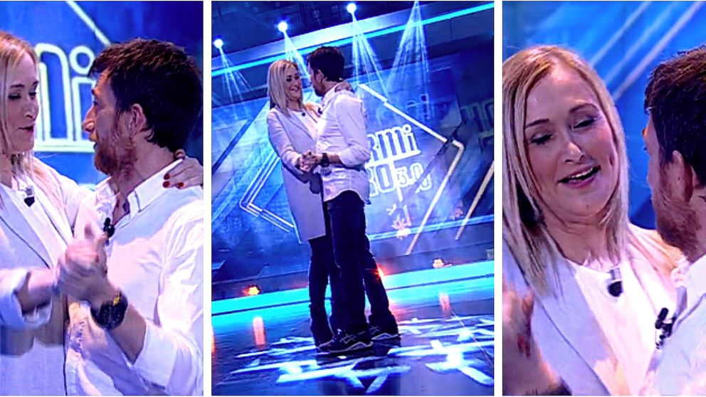 Cristina Cifuentes, desinhibida: baila agarrada de Motos en 'El hormiguero'
