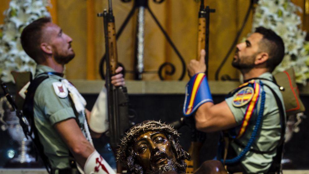 El Ejército justifica  'El novio de la Muerte' ante los niños hospitalizados de Málaga