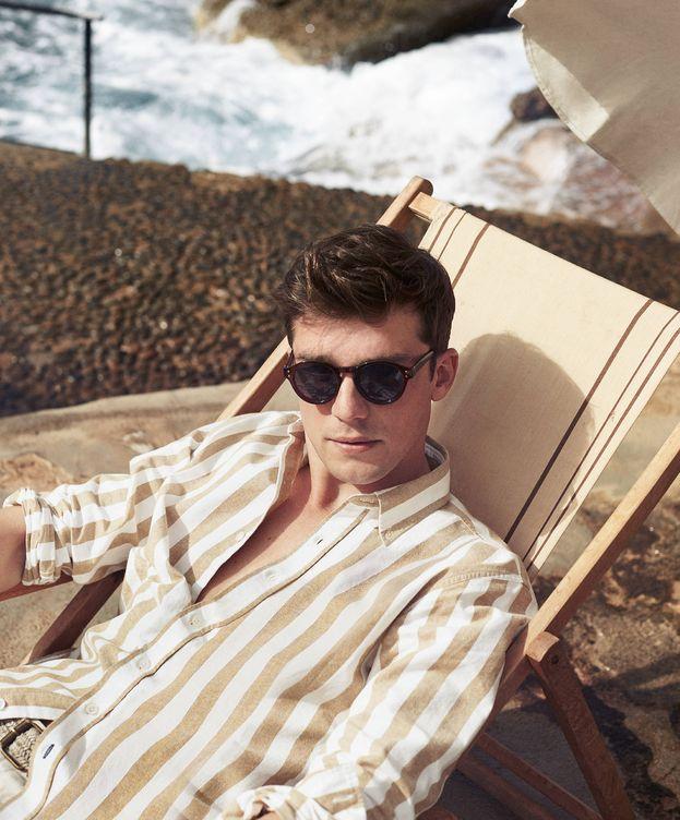 Foto: Pon rumbo al verano con esta camisa que marca tendencia. (Imagen: Mango)