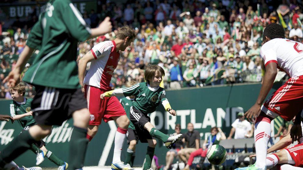 Un niño enfermo de cáncer inspira a Portland para ganar la MLS