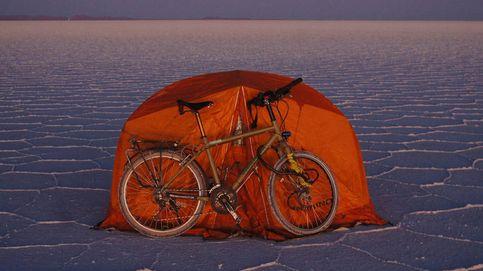 La vuelta al mundo de un 'homeless' español subido en una bicicleta