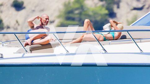 Los Zidane, a todo lujo en Ibiza y ajenos a la polémica de los audios de Florentino