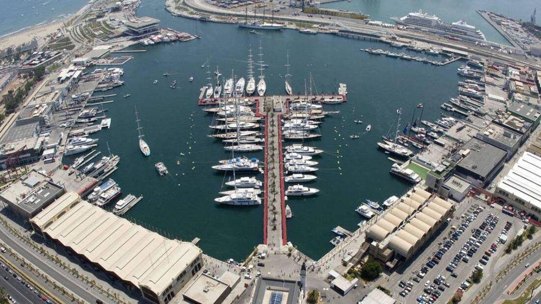 La Marina de Valencia, antigua dársena del puerto comercial e industrial.