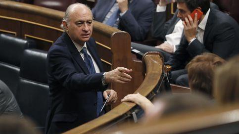 El equipo de Interior de Fernández Díaz, entre el ascenso en las Cortes y el paro