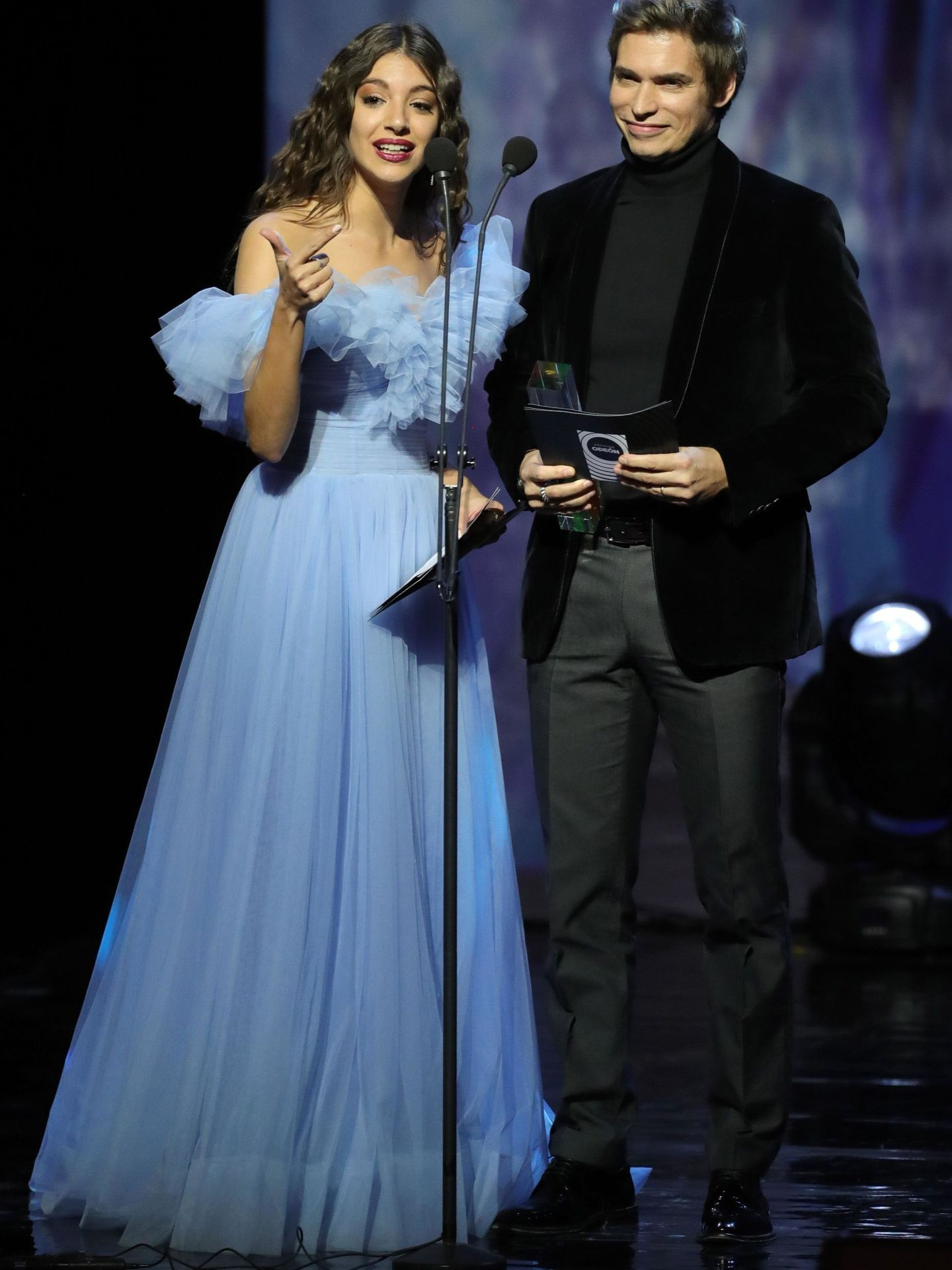 Ana Guerra y Carlos Baute, en el Teatro Real de Madrid. (EFE)