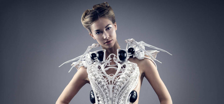 Foto: ¿Vestiremos en el futuro con moda impresa en 3D? (Anouk Wipprecht)