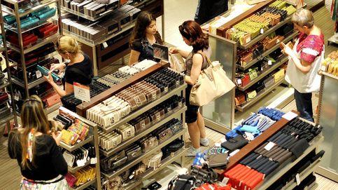 El ahorro de los hogares baja al 9,8% porque tiran de la hucha para pagar su mayor gasto