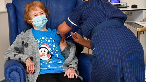 Una mujer de 90 años, la primera del mundo en recibir la vacuna de Pfizer contra el covid-19