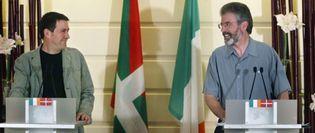 Foto: El brazo político del IRA advierte a Otegi que le retirará su apoyo si ETA vuelve a atentar