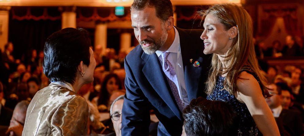 Felipe y Letizia acuden por sorpresa y entre aplausos a la ópera 'Tristán e Isolda'