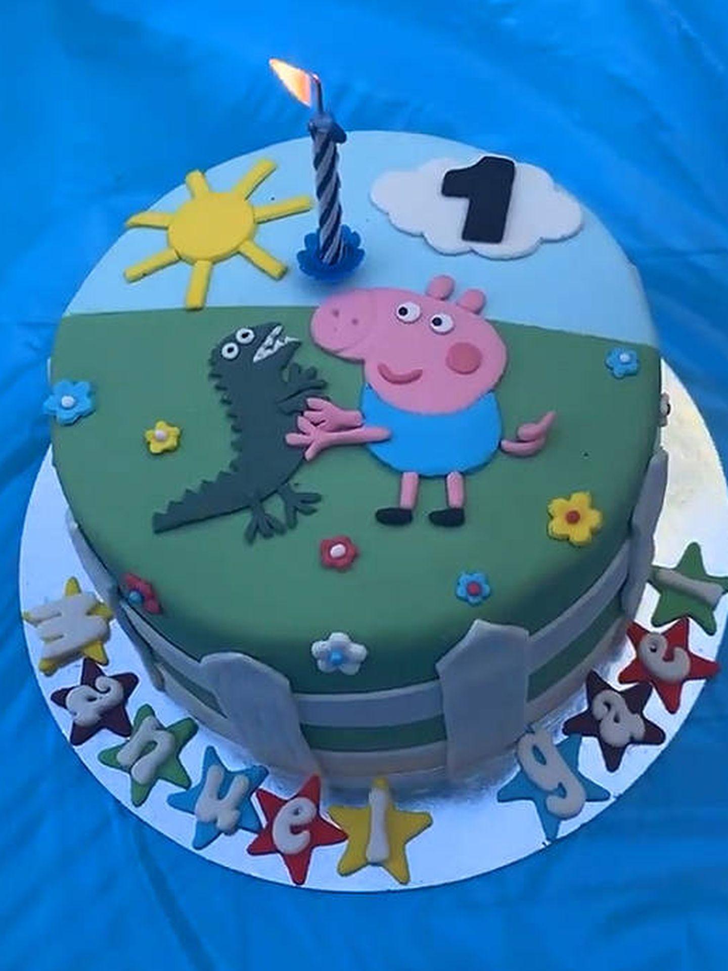 La tarta de Manuel Gael. (IG @almunavalon)