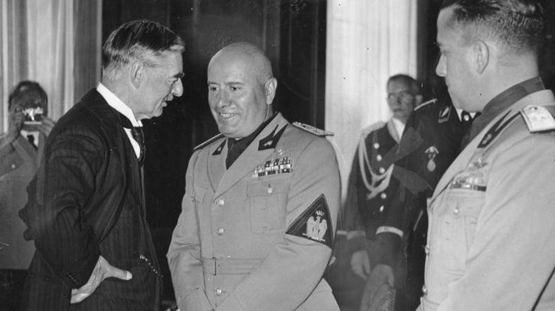 Neville Chamberlain y Benito Mussolini en 1938