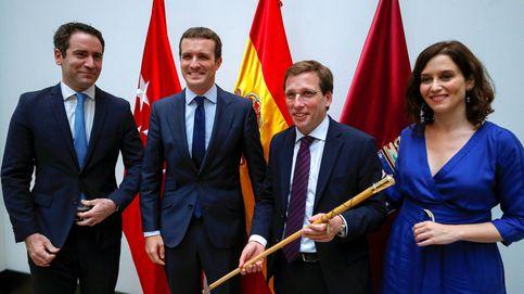 Casado y García Egea dejan sus destinos políticos en manos de la presidenta madrileña