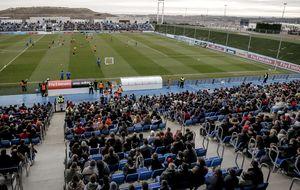 Real Madrid y Atlético despiden el 2013 al calor de sus aficionados