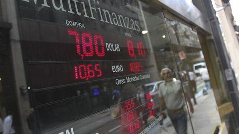 Argentina levanta el 'cepo' al dólar y las empresas españolas se echan a temblar