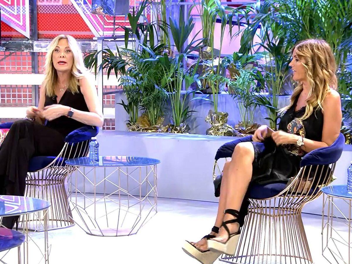 Foto: Belén Rodríguez y Marta López en 'Domingo deluxe'. (Telecinco)
