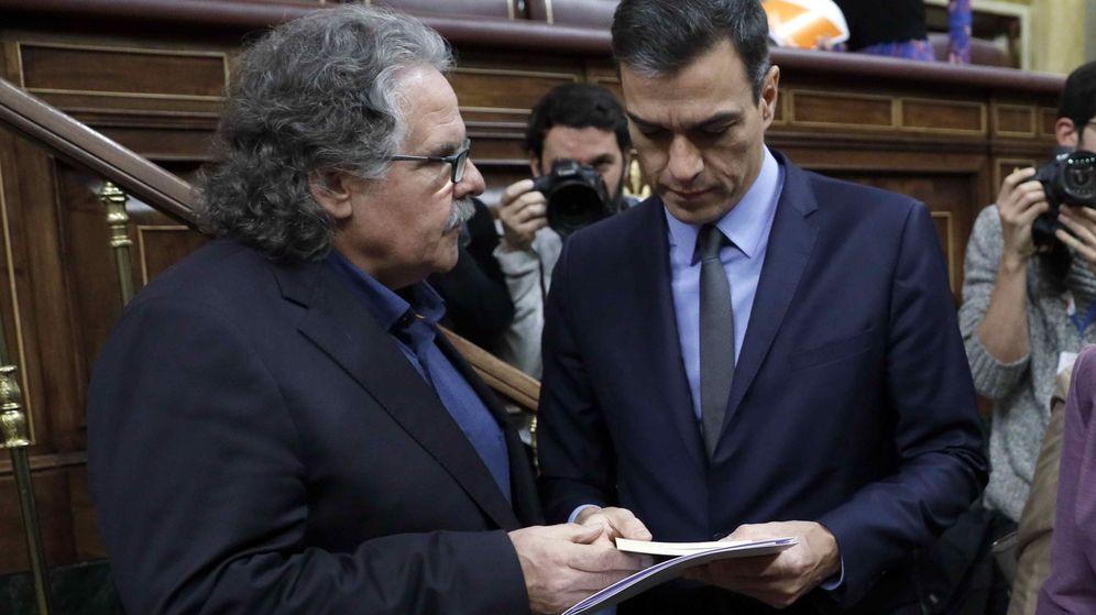 Foto: Pedro Sánchez y Joan Tardà, en el Congreso. (EFE)