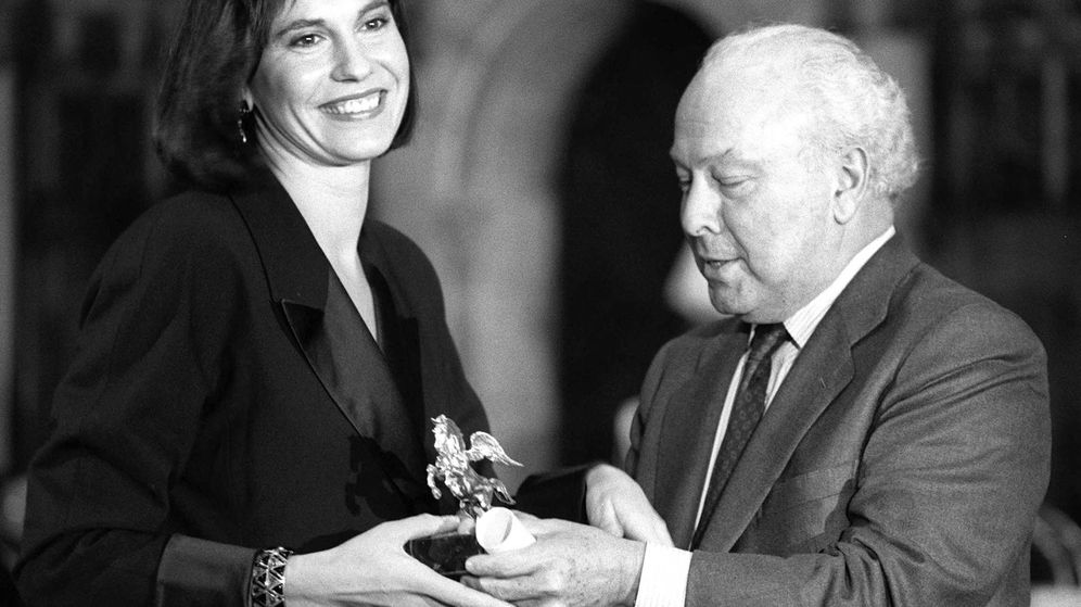 Foto: En los Premios Ondas de 1989. (Plaza & Janés)