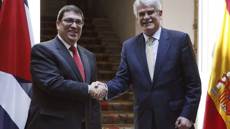 Deuda externa, 'actividad subversiva' y visita de los Reyes: la agenda de Dastis en Cuba