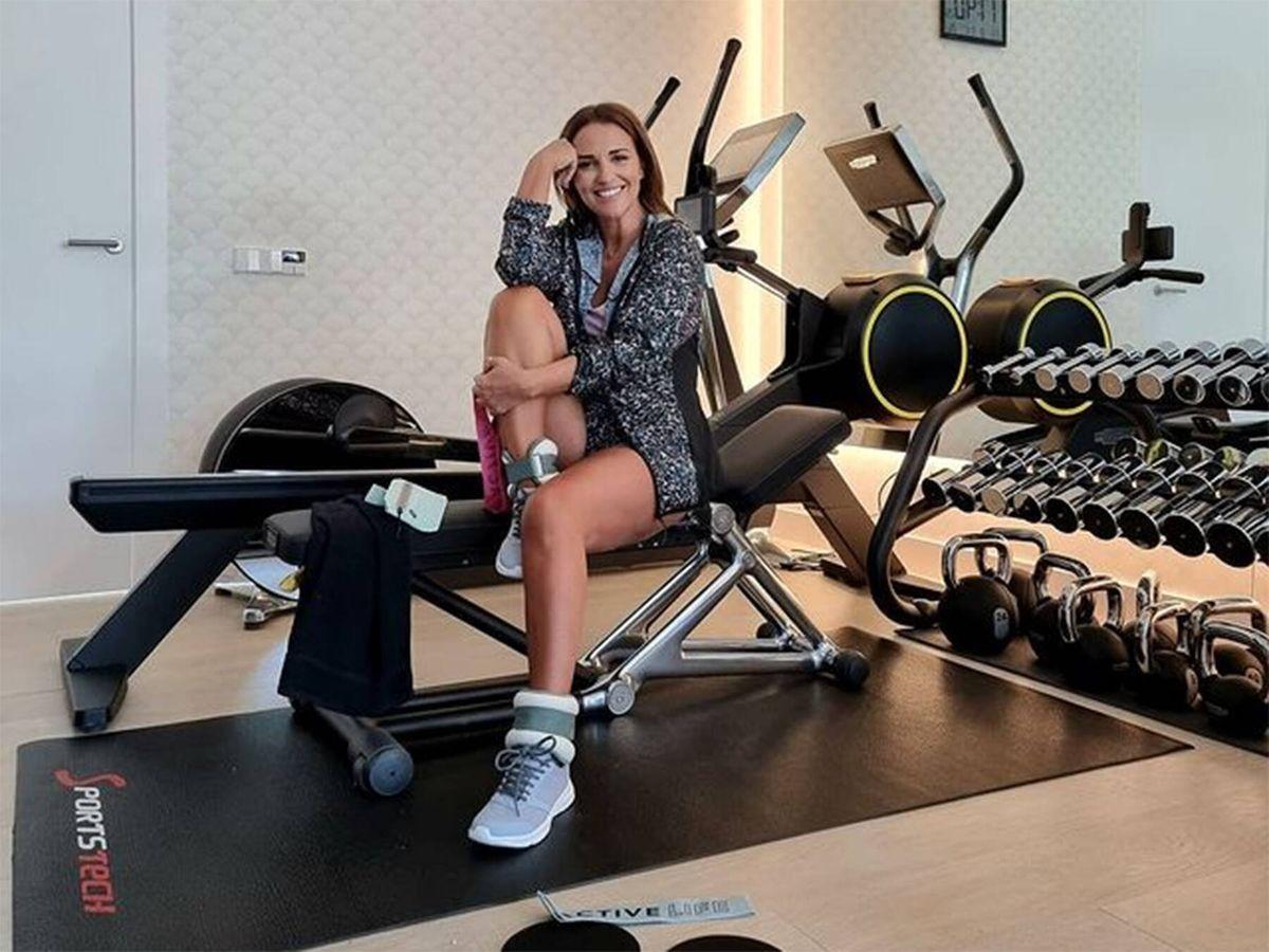 Foto: Paula Echevarría ha vuelto a sus habituales entrenamientos, tras las vacaciones con un look de Lefties. (Instagram @pau_eche)