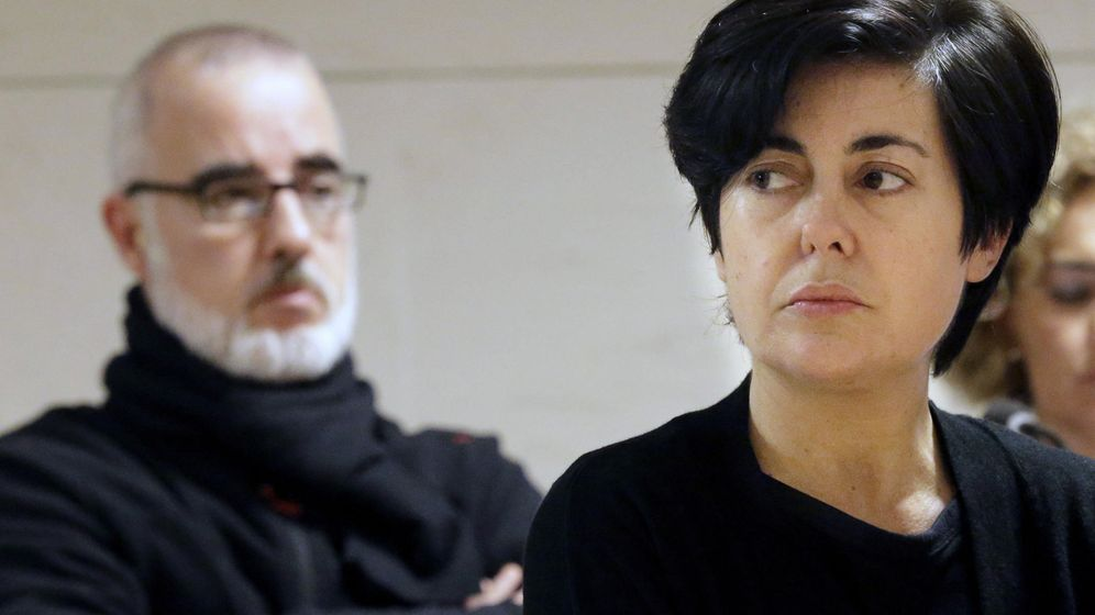 Foto: Rosario Porto y Alfonso Basterra en una de las sesiones del juicio por la muerte de su hija Asunta. (Efe)