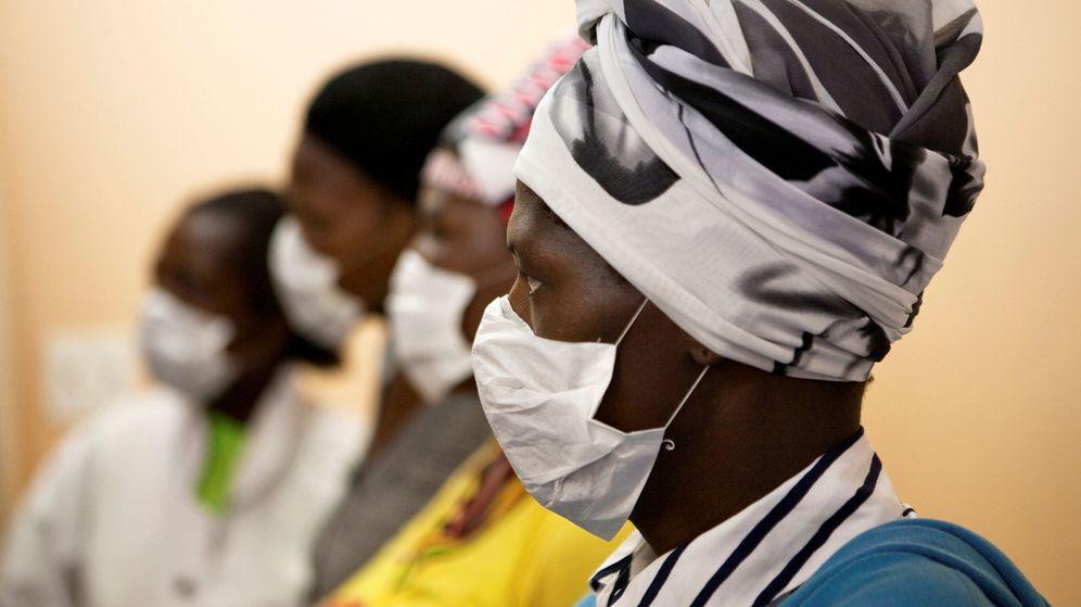 Foto: Pacientes con tuberculosis en Sudáfrica, en una imagen de archivo. (Reuters)