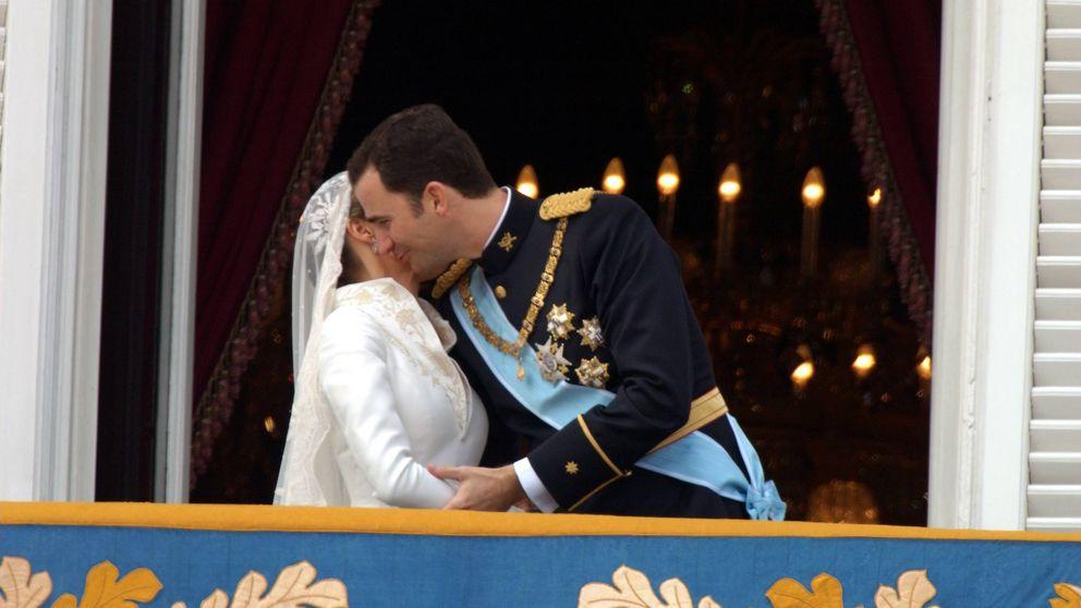Don Felipe y doña Letizia, 14 años de amor en 14 besos