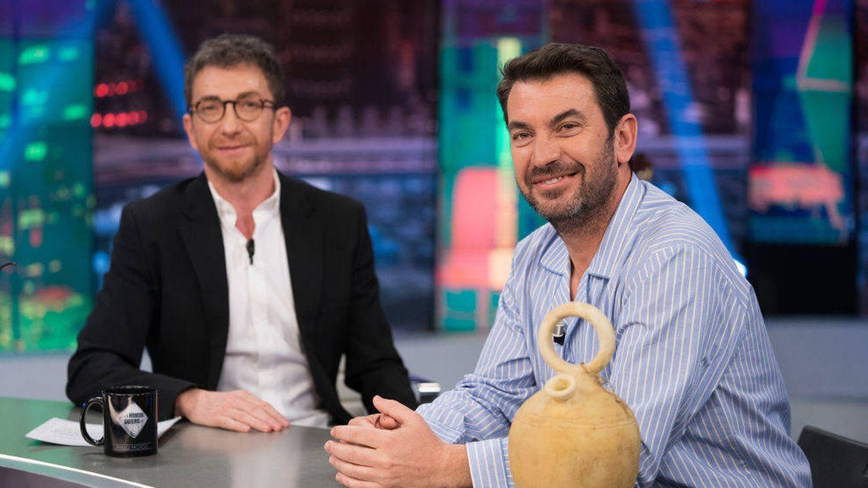 Arturo Valls y Pablo Motos, en 'El hormiguero'. (Atresmedia)