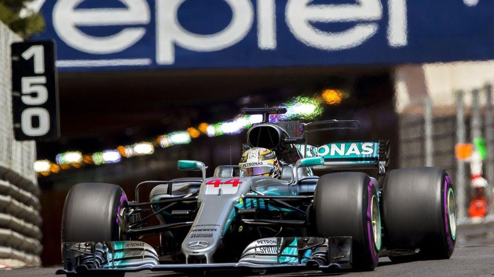 Foto: Lewis Hamilton, saliendo del túnel en el GP de Mónaco. (EFE)