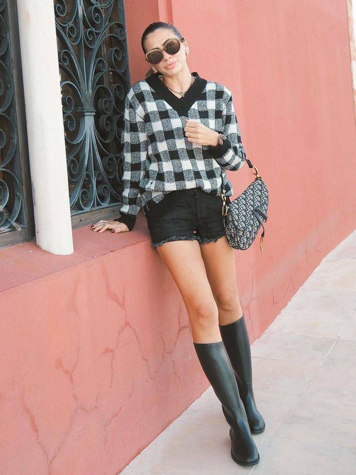 Ana Forero con las botas de Decathlon. (Instagram, @anasforero)