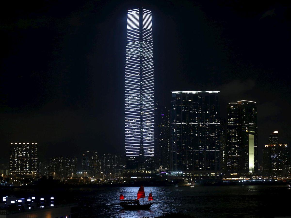 Foto: El International Commerce Centre de Hong Kong. En el nivel 95 tiene su sede el BBVA en China. (Reuters)