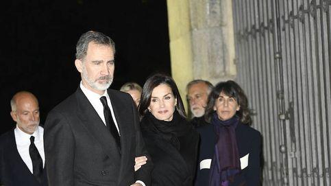 Don Felipe, doña Letizia y Preysler, entre los asistentes al funeral por Plácido Arango