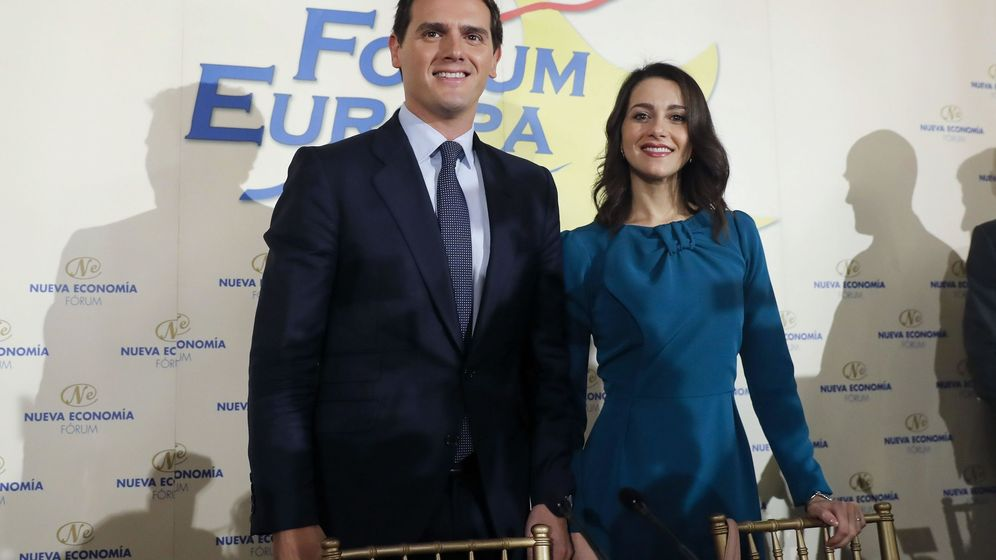 Foto: El presidente de Ciudadanos, Albert Rivera, junto a la portavoz de la agrupación naranja en el Congreso, Inés Arrimadas. (EFE)