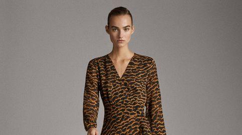 El vestido de Massimo Dutti que más favorece a las mujeres con curvas está de rebajas