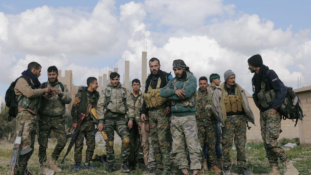 Foto: Fuerzas de las SDF en el pueblo de Al Baguz. (Reuters)