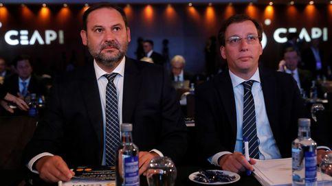 Almeida y Ábalos hacen un frente común para construir 7.000 viviendas sociales