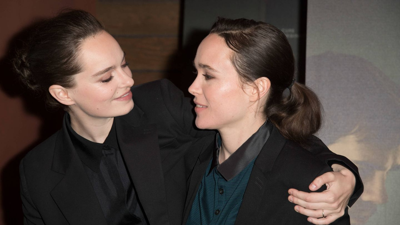 Emma Portner y Elliot Page. (Getty)