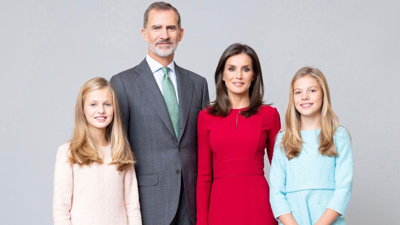 Los Reyes, con sus hijas. (Casa Real)