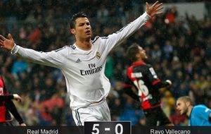 Sólo la pegada blanca saca brillo al Madrid ante la camada de Jémez