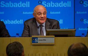 Sabadell negocia la venta de su  15,8% en Centro Financiero BHD