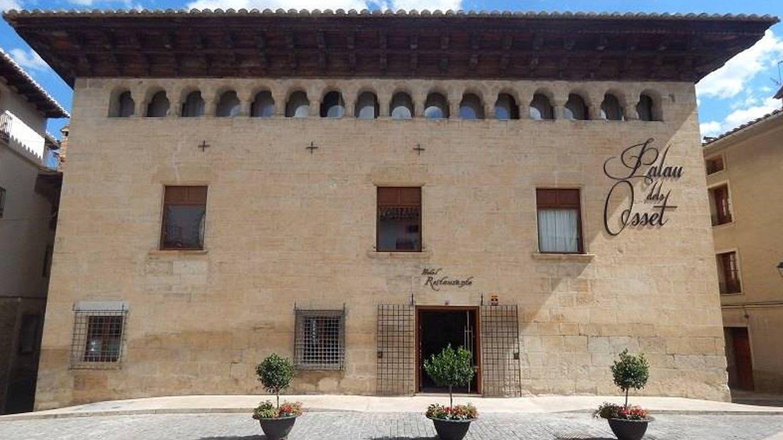El Palau dels Osset es otra lección de historia y puedes dormir en él.