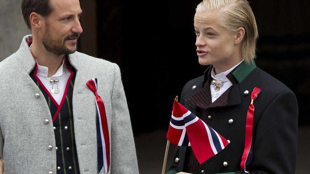 La fría relación entre Marius Borg y su padrastro, el príncipe Haakon