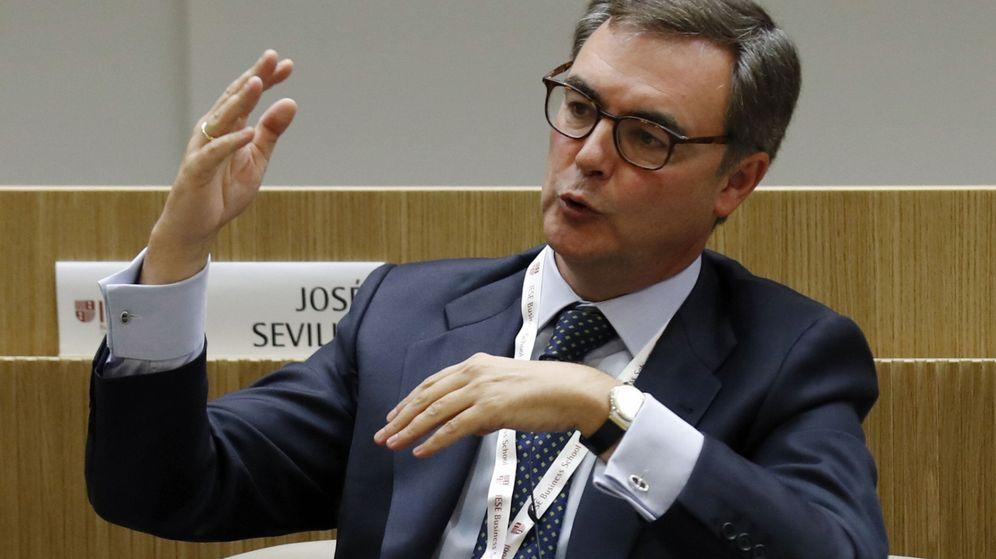 Foto: José Sevilla, CEO de Bankia, en el encuentro del sector bancario. (EFE)