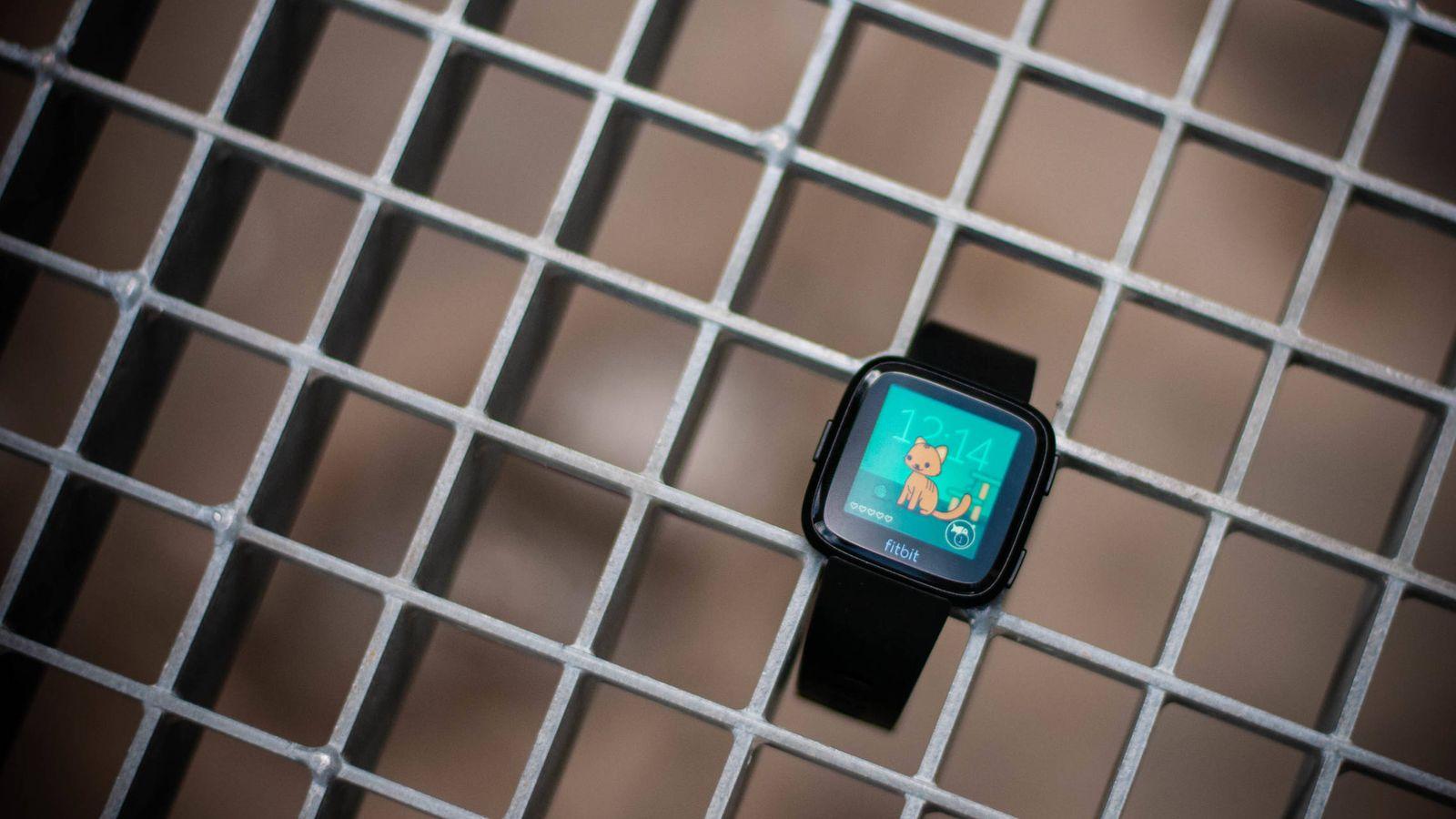 Foto: La nueva Fitbit Versa, última apuesta de la compañía. (C. Castellón)