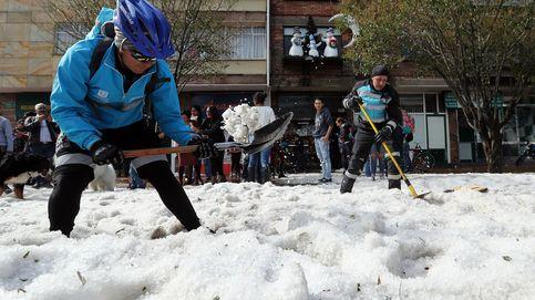 La ciudad de Bogotá se cubre de granizo por unas horas